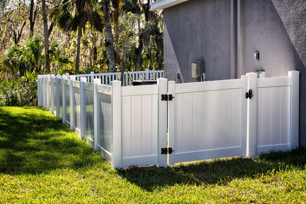 Looking for Affordable Fence Installation Services in Converse, TX or the San Antonio Area?