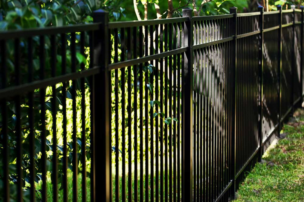 An Aluminum Fence Is More Versatile Than You Think